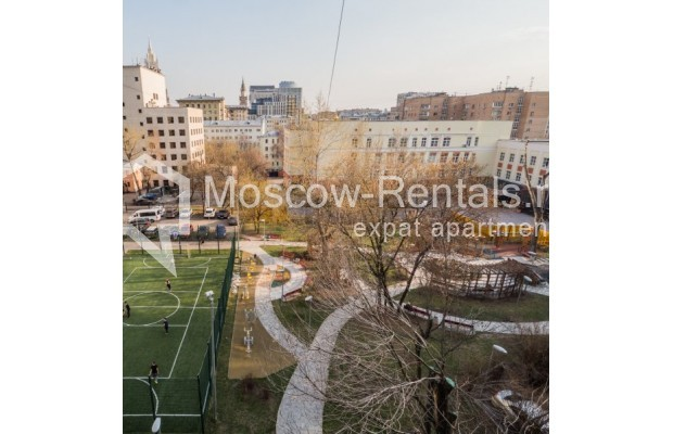"""Photo #14 3-room (2 BR) apartment for <a href=""""http://moscow-rentals.ru/en/articles/long-term-rent"""" target=""""_blank"""">a long-term</a> rent  in Russia, Moscow, New Arbat str, 23"""
