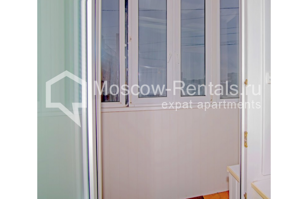 """Photo #10 3-room (2 BR) apartment for <a href=""""http://moscow-rentals.ru/en/articles/long-term-rent"""" target=""""_blank"""">a long-term</a> rent  in Russia, Moscow, Novinskyi blv., 7"""