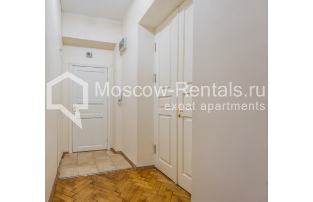 """Photo #9 4-room (3 BR) apartment for <a href=""""http://moscow-rentals.ru/en/articles/long-term-rent"""" target=""""_blank"""">a long-term</a> rent  in Russia, Moscow, Maly Levshinkyi lane, 12"""