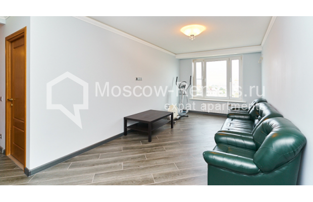 """Photo #4 4-room (3 BR) apartment for <a href=""""http://moscow-rentals.ru/en/articles/long-term-rent"""" target=""""_blank"""">a long-term</a> rent  in Russia, Moscow, Smolenskyi blv, 6-8"""