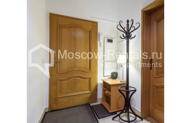 """Photo #12 3-room (2 BR) apartment for <a href=""""http://moscow-rentals.ru/en/articles/long-term-rent"""" target=""""_blank"""">a long-term</a> rent  in Russia, Moscow, New Arbat str, 30/9"""