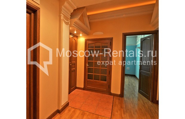 """Photo #11 3-room (2 BR) apartment for <a href=""""http://moscow-rentals.ru/en/articles/long-term-rent"""" target=""""_blank"""">a long-term</a> rent  in Russia, Moscow, Tarasa Shevchenko emb, 1"""