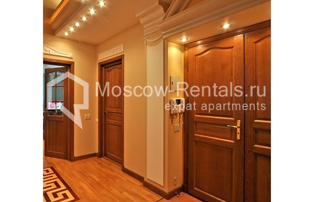 """Photo #12 3-room (2 BR) apartment for <a href=""""http://moscow-rentals.ru/en/articles/long-term-rent"""" target=""""_blank"""">a long-term</a> rent  in Russia, Moscow, Tarasa Shevchenko emb, 1"""