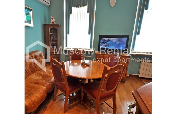 """Photo #5 3-room (2 BR) apartment for <a href=""""http://moscow-rentals.ru/en/articles/long-term-rent"""" target=""""_blank"""">a long-term</a> rent  in Russia, Moscow, Tarasa Shevchenko emb, 1"""