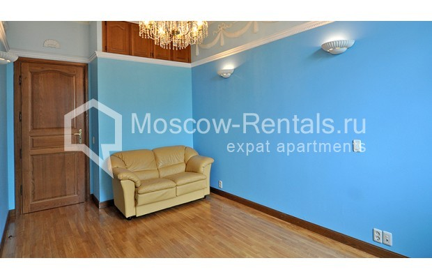 """Photo #10 3-room (2 BR) apartment for <a href=""""http://moscow-rentals.ru/en/articles/long-term-rent"""" target=""""_blank"""">a long-term</a> rent  in Russia, Moscow, Tarasa Shevchenko emb, 1"""