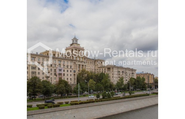 """Photo #15 3-room (2 BR) apartment for <a href=""""http://moscow-rentals.ru/en/articles/long-term-rent"""" target=""""_blank"""">a long-term</a> rent  in Russia, Moscow, Tarasa Shevchenko emb, 1"""
