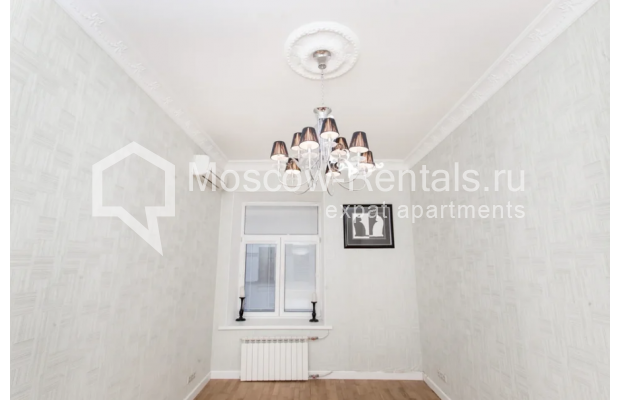 """Photo #9 4-room (3 BR) apartment for <a href=""""http://moscow-rentals.ru/en/articles/long-term-rent"""" target=""""_blank"""">a long-term</a> rent  in Russia, Moscow, Tverskaya str., 12С7"""