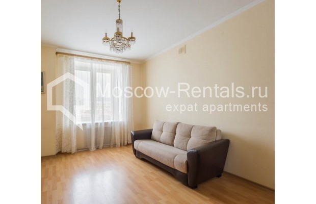 """Photo #12 4-room (3 BR) apartment for <a href=""""http://moscow-rentals.ru/en/articles/long-term-rent"""" target=""""_blank"""">a long-term</a> rent  in Russia, Moscow, Novinskyi lane, 18С1"""