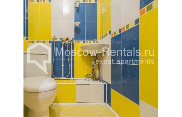 """Photo #16 4-room (3 BR) apartment for <a href=""""http://moscow-rentals.ru/en/articles/long-term-rent"""" target=""""_blank"""">a long-term</a> rent  in Russia, Moscow, Novinskyi lane, 18С1"""