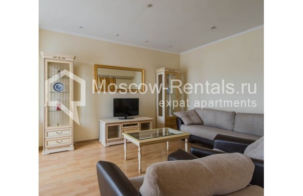 """Photo #6 4-room (3 BR) apartment for <a href=""""http://moscow-rentals.ru/en/articles/long-term-rent"""" target=""""_blank"""">a long-term</a> rent  in Russia, Moscow, Novinskyi lane, 18С1"""