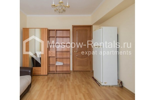 """Photo #13 4-room (3 BR) apartment for <a href=""""http://moscow-rentals.ru/en/articles/long-term-rent"""" target=""""_blank"""">a long-term</a> rent  in Russia, Moscow, Novinskyi lane, 18С1"""