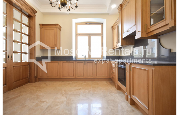 Photo #4 4-room (3 BR) apartment for sale in Russia, Moscow, Sivtsev Vrazhek lane, 44/28