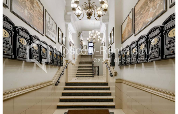 Photo #2 4-room (3 BR) apartment for sale in Russia, Moscow, Milutinskyi lane, 3