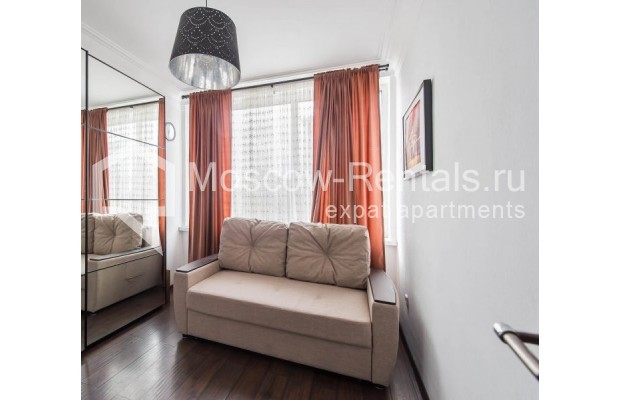 """Photo #11 3-room (2 BR) apartment for <a href=""""http://moscow-rentals.ru/en/articles/long-term-rent"""" target=""""_blank"""">a long-term</a> rent  in Russia, Moscow, New Arbat str, 26"""