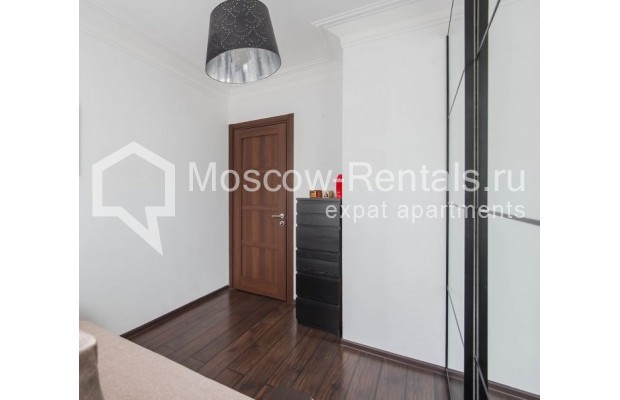 """Photo #15 3-room (2 BR) apartment for <a href=""""http://moscow-rentals.ru/en/articles/long-term-rent"""" target=""""_blank"""">a long-term</a> rent  in Russia, Moscow, New Arbat str, 26"""