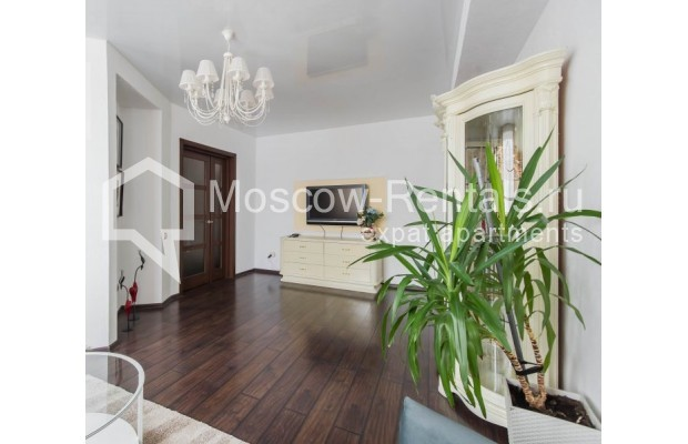 """Photo #8 3-room (2 BR) apartment for <a href=""""http://moscow-rentals.ru/en/articles/long-term-rent"""" target=""""_blank"""">a long-term</a> rent  in Russia, Moscow, New Arbat str, 26"""