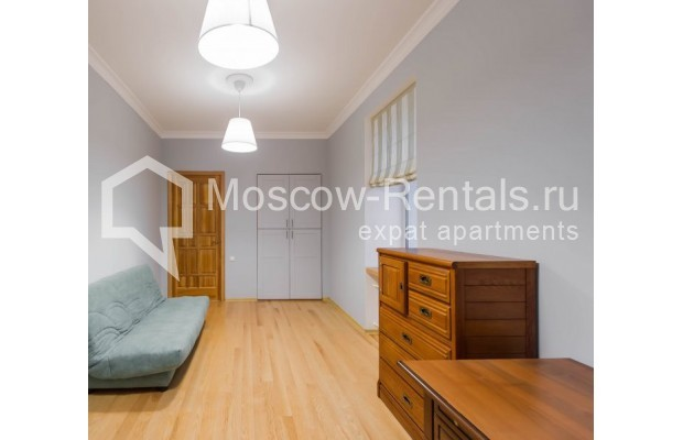 """Photo #11 3-room (2 BR) apartment for <a href=""""http://moscow-rentals.ru/en/articles/long-term-rent"""" target=""""_blank"""">a long-term</a> rent  in Russia, Moscow, Malyi Levshinskyi lane, 14/9С2"""