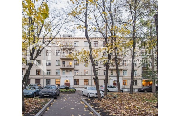 """Photo #14 3-room (2 BR) apartment for <a href=""""http://moscow-rentals.ru/en/articles/long-term-rent"""" target=""""_blank"""">a long-term</a> rent  in Russia, Moscow, Malyi Levshinskyi lane, 14/9С2"""