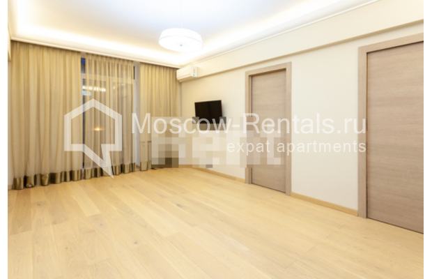 """Photo #8 3-room (2 BR) apartment for <a href=""""http://moscow-rentals.ru/en/articles/long-term-rent"""" target=""""_blank"""">a long-term</a> rent  in Russia, Moscow, B. Levshinskyi lane, 3/5"""