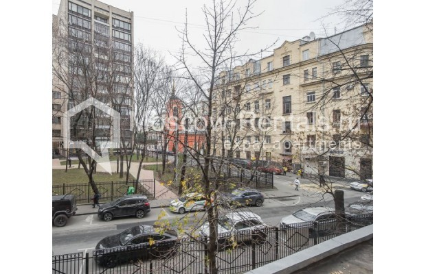 """Photo #15 3-room (2 BR) apartment for <a href=""""http://moscow-rentals.ru/en/articles/long-term-rent"""" target=""""_blank"""">a long-term</a> rent  in Russia, Moscow, Sivtsev Vrazhek lane, 9А"""