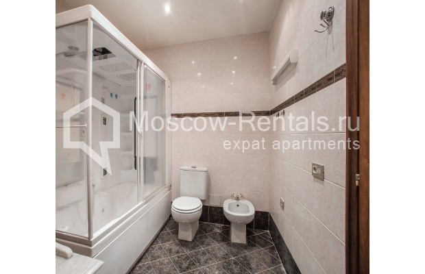 """Photo #11 3-room (2 BR) apartment for <a href=""""http://moscow-rentals.ru/en/articles/long-term-rent"""" target=""""_blank"""">a long-term</a> rent  in Russia, Moscow, Sechenovksyi lane, 9"""