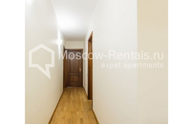 """Photo #8 3-room (2 BR) apartment for <a href=""""http://moscow-rentals.ru/en/articles/long-term-rent"""" target=""""_blank"""">a long-term</a> rent  in Russia, Moscow, Sechenovksyi lane, 9"""