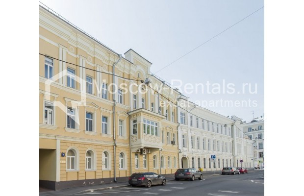 """Photo #14 3-room (2 BR) apartment for <a href=""""http://moscow-rentals.ru/en/articles/long-term-rent"""" target=""""_blank"""">a long-term</a> rent  in Russia, Moscow, Sechenovksyi lane, 9"""