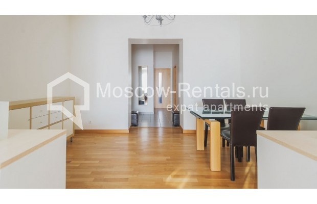 """Photo #3 3-room (2 BR) apartment for <a href=""""http://moscow-rentals.ru/en/articles/long-term-rent"""" target=""""_blank"""">a long-term</a> rent  in Russia, Moscow, Denezhnyi lane, 22"""