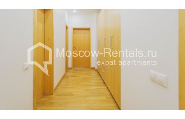 """Photo #11 3-room (2 BR) apartment for <a href=""""http://moscow-rentals.ru/en/articles/long-term-rent"""" target=""""_blank"""">a long-term</a> rent  in Russia, Moscow, Denezhnyi lane, 22"""
