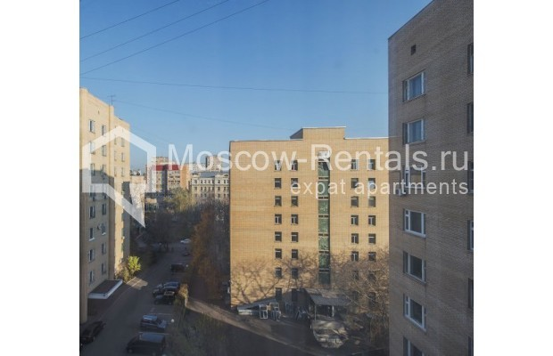 """Photo #15 3-room (2 BR) apartment for <a href=""""http://moscow-rentals.ru/en/articles/long-term-rent"""" target=""""_blank"""">a long-term</a> rent  in Russia, Moscow, Denezhnyi lane, 22"""