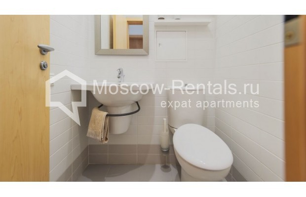 """Photo #13 3-room (2 BR) apartment for <a href=""""http://moscow-rentals.ru/en/articles/long-term-rent"""" target=""""_blank"""">a long-term</a> rent  in Russia, Moscow, Denezhnyi lane, 22"""