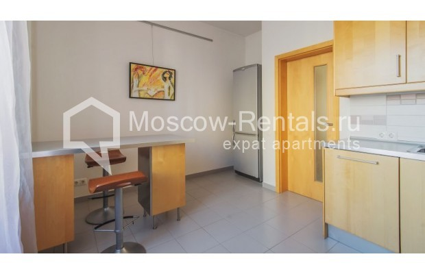 """Photo #8 3-room (2 BR) apartment for <a href=""""http://moscow-rentals.ru/en/articles/long-term-rent"""" target=""""_blank"""">a long-term</a> rent  in Russia, Moscow, Denezhnyi lane, 22"""