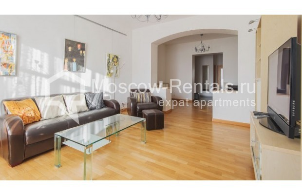 """Photo #1 3-room (2 BR) apartment for <a href=""""http://moscow-rentals.ru/en/articles/long-term-rent"""" target=""""_blank"""">a long-term</a> rent  in Russia, Moscow, Denezhnyi lane, 22"""