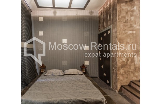 """Photo #7 3-room (2 BR) apartment for <a href=""""http://moscow-rentals.ru/en/articles/long-term-rent"""" target=""""_blank"""">a long-term</a> rent  in Russia, Moscow, Nikitskyi blv, 12"""