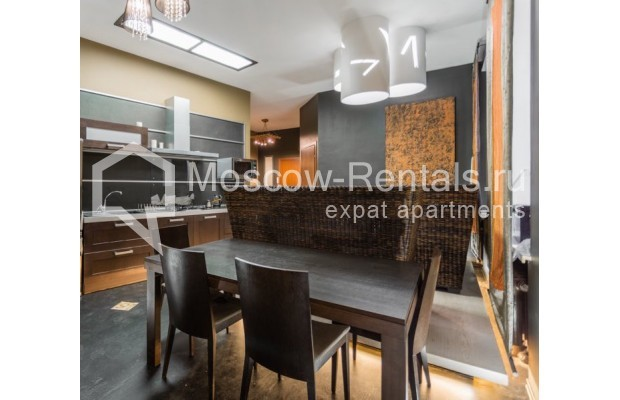 """Photo #1 3-room (2 BR) apartment for <a href=""""http://moscow-rentals.ru/en/articles/long-term-rent"""" target=""""_blank"""">a long-term</a> rent  in Russia, Moscow, Nikitskyi blv, 12"""