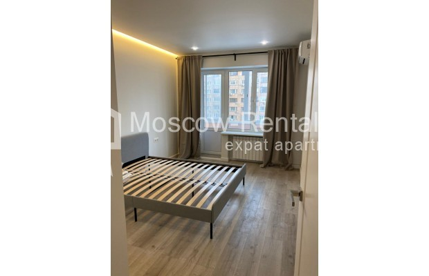 """Photo #2 3-room (2 BR) apartment for <a href=""""http://moscow-rentals.ru/en/articles/long-term-rent"""" target=""""_blank"""">a long-term</a> rent  in Russia, Moscow, 1st Smolenskyi lane"""