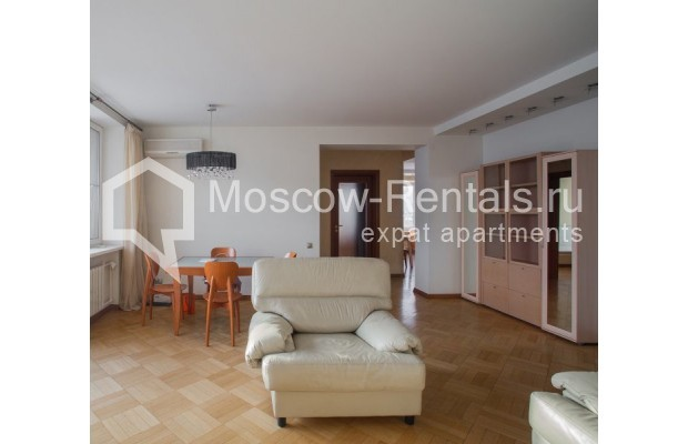 """Photo #2 3-room (2 BR) apartment for <a href=""""http://moscow-rentals.ru/en/articles/long-term-rent"""" target=""""_blank"""">a long-term</a> rent  in Russia, Moscow, B. Bronnaya str, 2/6"""