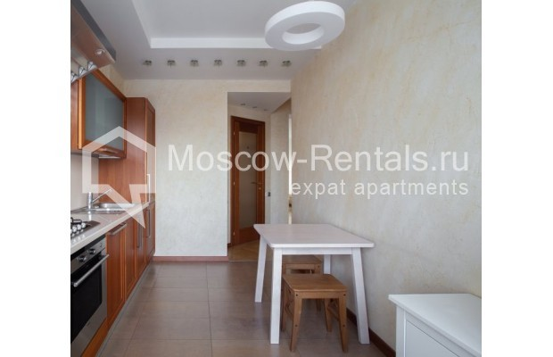 """Photo #5 3-room (2 BR) apartment for <a href=""""http://moscow-rentals.ru/en/articles/long-term-rent"""" target=""""_blank"""">a long-term</a> rent  in Russia, Moscow, B. Bronnaya str, 2/6"""