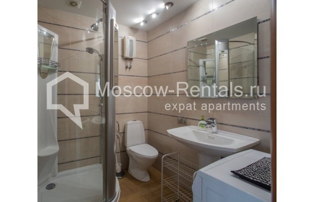 """Photo #11 3-room (2 BR) apartment for <a href=""""http://moscow-rentals.ru/en/articles/long-term-rent"""" target=""""_blank"""">a long-term</a> rent  in Russia, Moscow, B. Bronnaya str, 2/6"""