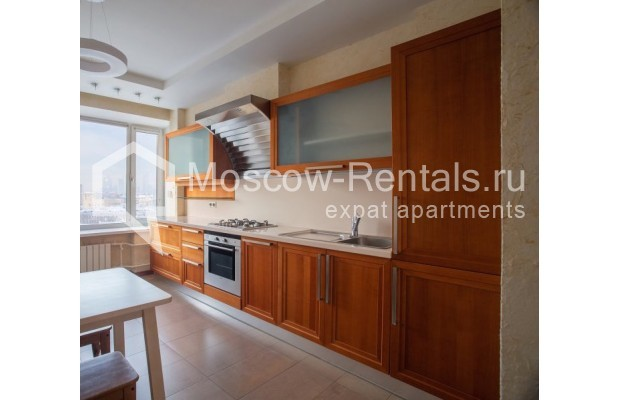 """Photo #4 3-room (2 BR) apartment for <a href=""""http://moscow-rentals.ru/en/articles/long-term-rent"""" target=""""_blank"""">a long-term</a> rent  in Russia, Moscow, B. Bronnaya str, 2/6"""