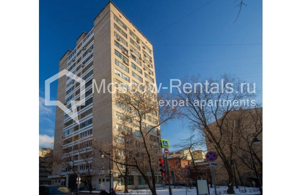 """Photo #15 3-room (2 BR) apartment for <a href=""""http://moscow-rentals.ru/en/articles/long-term-rent"""" target=""""_blank"""">a long-term</a> rent  in Russia, Moscow, B. Bronnaya str, 2/6"""