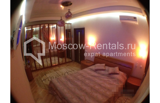 """Photo #6 3-room (2 BR) apartment for <a href=""""http://moscow-rentals.ru/en/articles/long-term-rent"""" target=""""_blank"""">a long-term</a> rent  in Russia, Moscow, Gazetnyi lane, 1/12"""