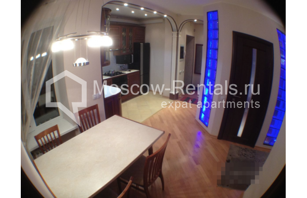 """Photo #10 3-room (2 BR) apartment for <a href=""""http://moscow-rentals.ru/en/articles/long-term-rent"""" target=""""_blank"""">a long-term</a> rent  in Russia, Moscow, Gazetnyi lane, 1/12"""