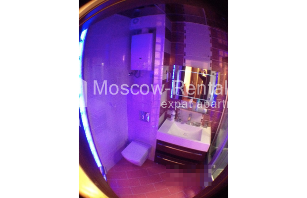 """Photo #12 3-room (2 BR) apartment for <a href=""""http://moscow-rentals.ru/en/articles/long-term-rent"""" target=""""_blank"""">a long-term</a> rent  in Russia, Moscow, Gazetnyi lane, 1/12"""