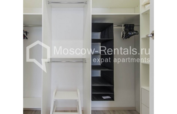 """Photo #15 3-room (2 BR) apartment for <a href=""""http://moscow-rentals.ru/en/articles/long-term-rent"""" target=""""_blank"""">a long-term</a> rent  in Russia, Moscow, New Arbat, 16"""