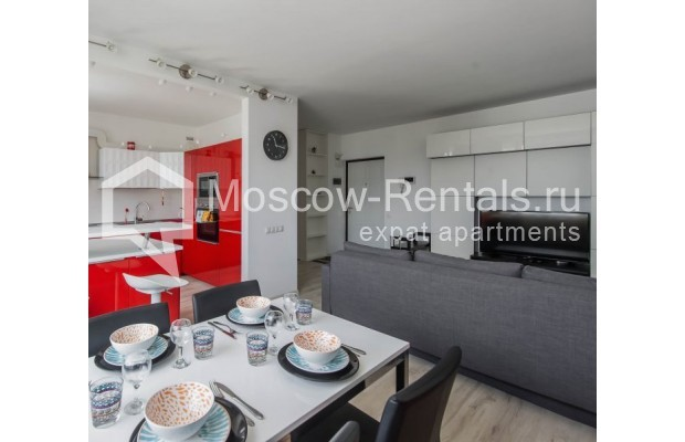 """Photo #8 3-room (2 BR) apartment for <a href=""""http://moscow-rentals.ru/en/articles/long-term-rent"""" target=""""_blank"""">a long-term</a> rent  in Russia, Moscow, New Arbat, 16"""