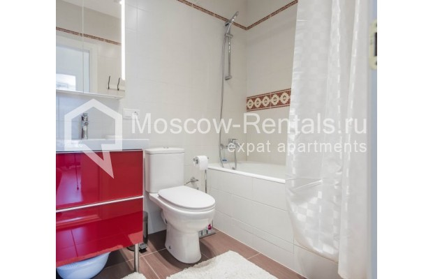 """Photo #18 3-room (2 BR) apartment for <a href=""""http://moscow-rentals.ru/en/articles/long-term-rent"""" target=""""_blank"""">a long-term</a> rent  in Russia, Moscow, New Arbat, 16"""