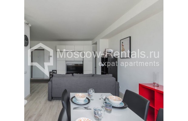"""Photo #10 3-room (2 BR) apartment for <a href=""""http://moscow-rentals.ru/en/articles/long-term-rent"""" target=""""_blank"""">a long-term</a> rent  in Russia, Moscow, New Arbat, 16"""