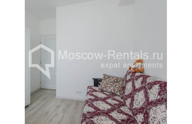 """Photo #17 3-room (2 BR) apartment for <a href=""""http://moscow-rentals.ru/en/articles/long-term-rent"""" target=""""_blank"""">a long-term</a> rent  in Russia, Moscow, New Arbat, 16"""