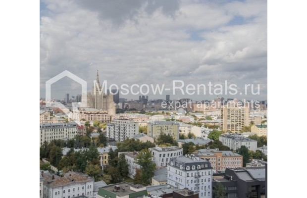 """Photo #20 3-room (2 BR) apartment for <a href=""""http://moscow-rentals.ru/en/articles/long-term-rent"""" target=""""_blank"""">a long-term</a> rent  in Russia, Moscow, New Arbat, 16"""